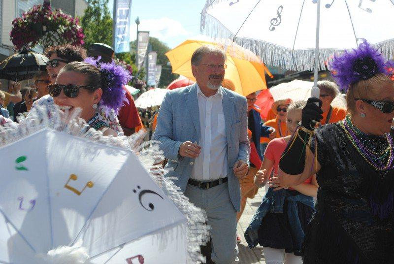 petter steen sildajazz parade. FOTO: Daniel Niazi/Sveiobladet.net