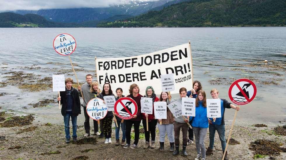 Førdefjorden Natur og Ungdom