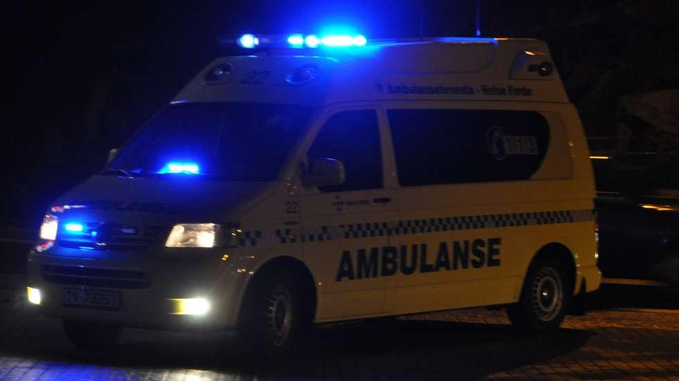 ambulanse natt