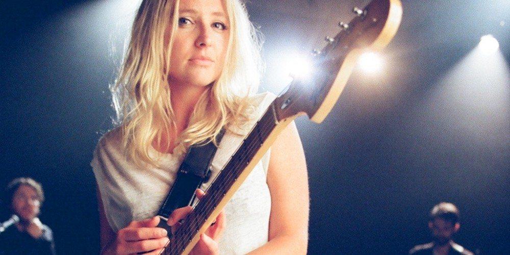 lissie guitar