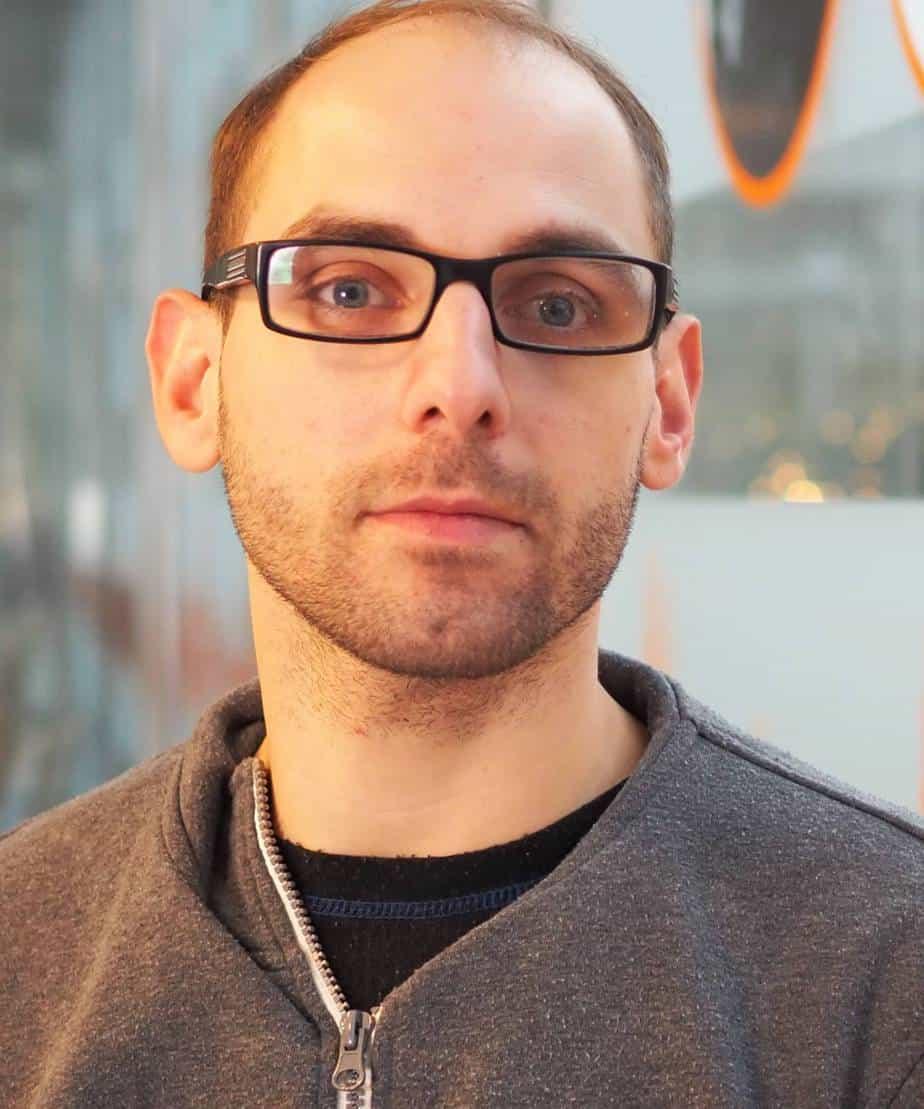 Daniel DeNiazi : Journalist